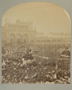 The Centennial opening attracted huge crowds to the plaza in front of the main Exhibition Hall. (Library Company of Philadelphia)