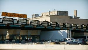 Cars and trucks heading toward Philadelphia on the Benjamin Franklin Bridge provide a dependable source of revenue for the DRPA. (Photograph for The Encyclopedia of Greater Philadelphia by Jamie Castignoli)