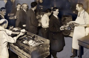 Many people required food aid during the Great Depression, and thousands of people waited in soup and bread to survive. (Historical Society of Pennsylvania)