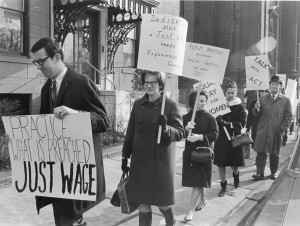 Members of the Association of Catholic Teachers picket outside Cardinal Krol's office. (Robert & Theresa Halvey Photograph Collection, Philadelphia Archdiocesan Historical Research Center)
