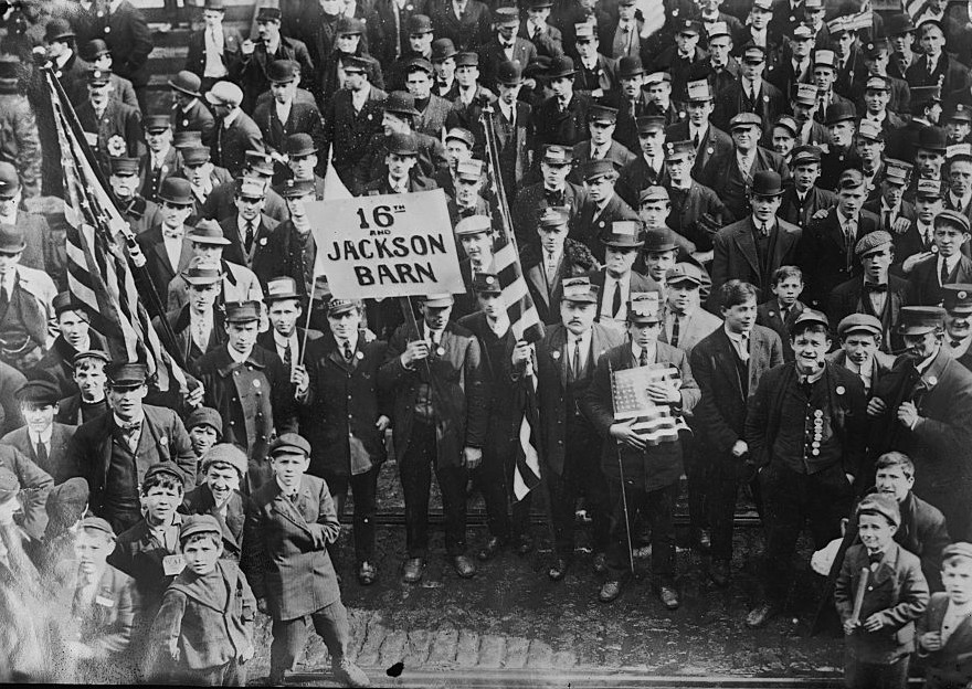 an introduction to the labor organizations of the early 1900s Progressive era, 1900‑1920 i progressivism in action: politics 1 progressivism generally took two forms: political and social reform 2 what most social justice reformers found, however, was that they could not rely upon goodness and voluntary organizations to change the cities.