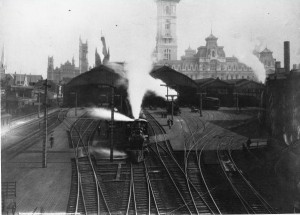 A train leaving the Pennsylvania Railroad Broad Street Station in 1882.