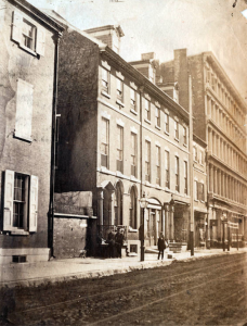 An 1859 photograph showing row homes on Chestnut Street near Fifth.