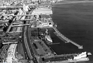 An aerial photograph of the Philadelphia waterfront showing I-95 and Columbus Boulevard