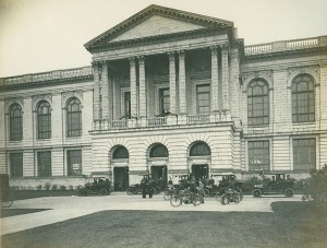 The Neoclassical building that housed the Independence Seaport Museum. (Independence Seaport Museum)