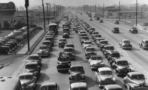 A black and white photograph of Philadelphia-bound traffic on Admiral Wilson Boulevard, 1949