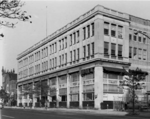 The Kornberg School of Dentistry has roots stretching back to 1863, it moved to this building in 1946.(Special Collections Research Center, Temple University Libraries)