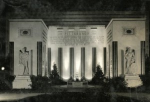 Art Deco styling made prominent appearances at several interwar international exhibitions held in American cities, underscoring the optimistic notions of technological and social progress that characterized these large public events. (PhillyHistory.org)