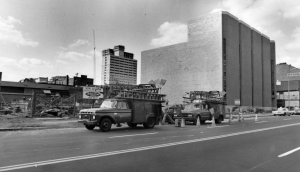A black and white photograph of the first completed University City Science Center Building and the Monell Chemical Senses Center under construction