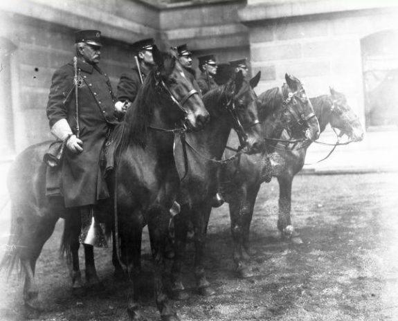Police Department (Philadelphia) | Encyclopedia of Greater