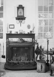 The Pennsylvania Fireplace designed by Benjamin Franklin
