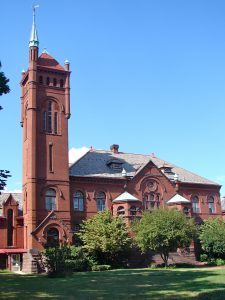 A 2011 photograph of the Lancaster Theological Seminary.